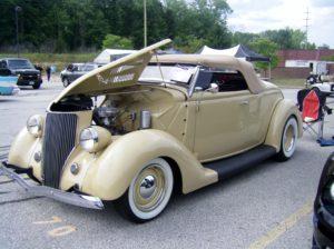 Solon Ohio Car Show - SIMPLE SOJOURNER